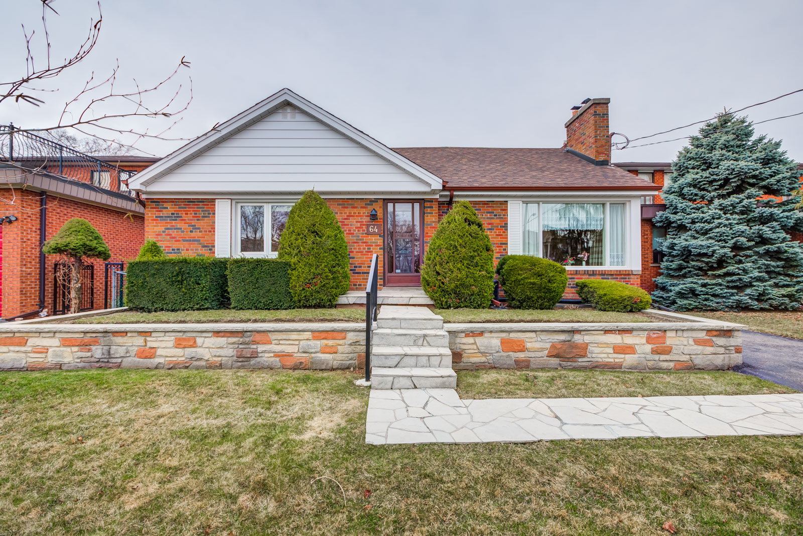 64 Harlow Crescsent All Brick Bungalow For Sale The